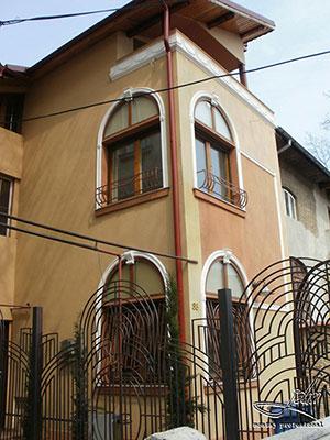 Montaj profesional decoratiuni exterioare